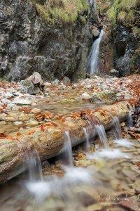 Barikádový vodopád