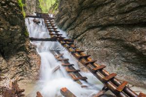 Kaskády nad Machovým vodopádom