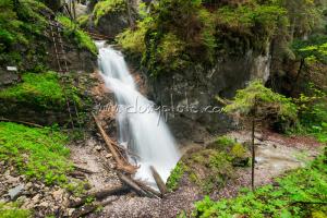 Malý vodopád
