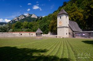 Červený kláštor a Tri Koruny