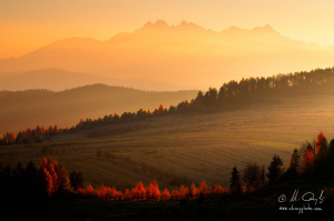 Výhľad na Tatry z pod Troch korún