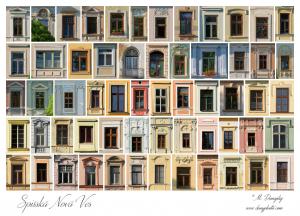 Okná z námestia