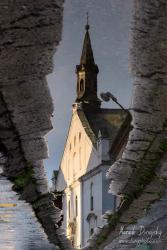 Malý kostol v odraze