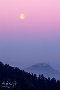 Západ mesiac so Spišským hrad