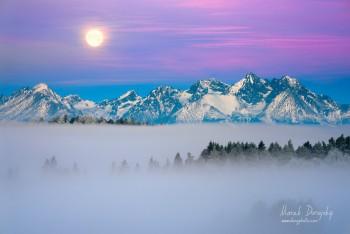 Západ Mesiaca za Tatry