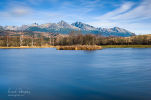 Tatry od Štrbského rybníka